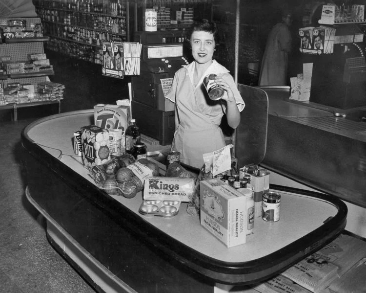 grocery-store-checkout-1960