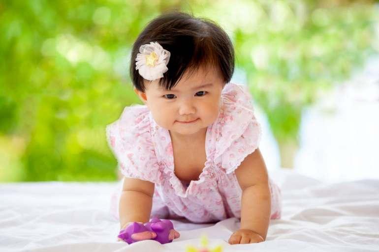 Cute asian baby girl - Popular Japanese baby names in Japan