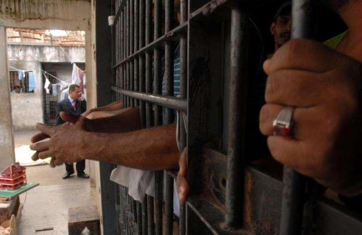 https://i0.wp.com/clickcarangola.com.br/site/wp-content/uploads/2019/04/Pastor-%C3%A9-preso-em-Divino.jpg