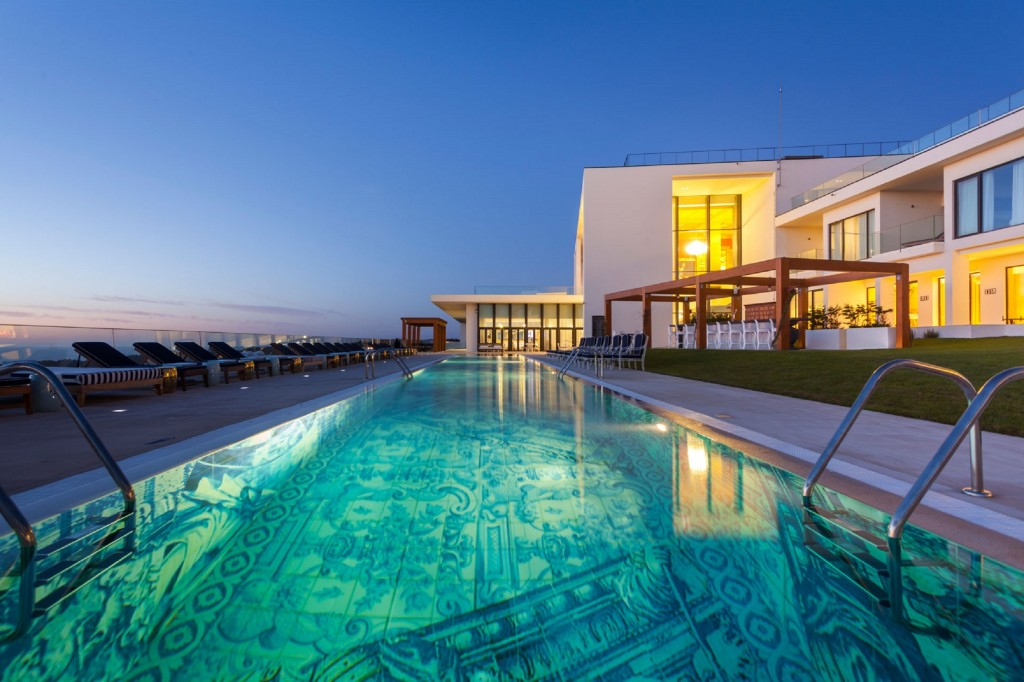 CERACASA_EMPOTILE_PISCINA_PORTUGAL_HOTEL EVOLUTEE03