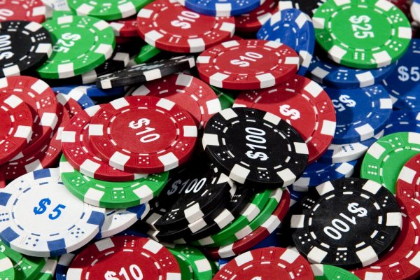 Online Casino Vs Online Poker is there any difference?