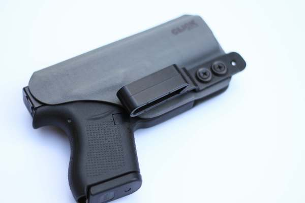 gray saya kydex holster with tuckable j-hook