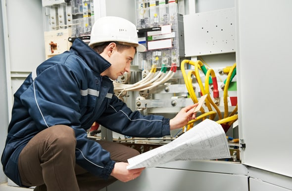 Técnico em Elétrica - Click Petroleo e Gas