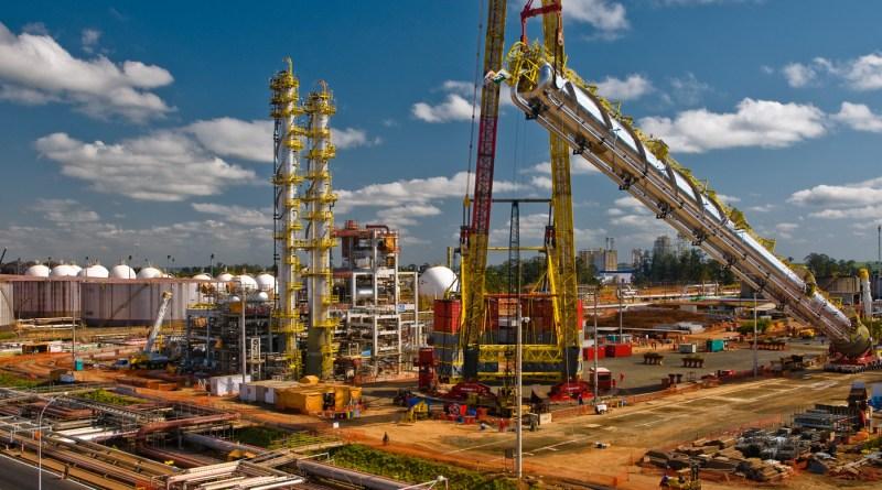 A Petrobras é convidada pelo Ceará a construir refinaria no estado em parceria com chinesa