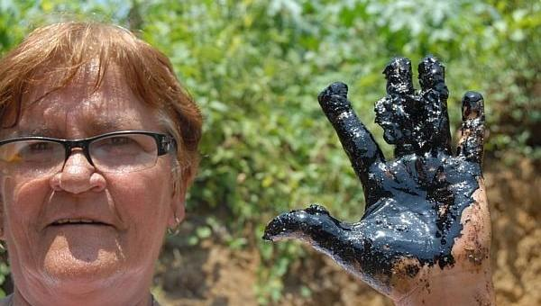 Petróleo encontrado no quintal de dona Tereza na Bahia