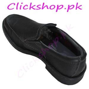 Black color shoes for young boys - Brand Clark