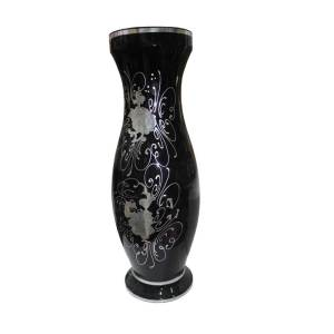 Decorated vase piece black color for home use