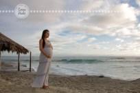 Connie Hanks Photography // ClickyChickCreates.com // San Diego maternity photo session , beach maternity photos,