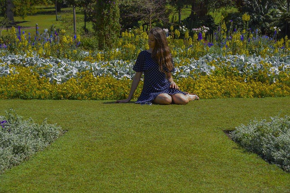 Io che mi godo le esplosioni floreali nei Giardini Botanici della città Brisbane