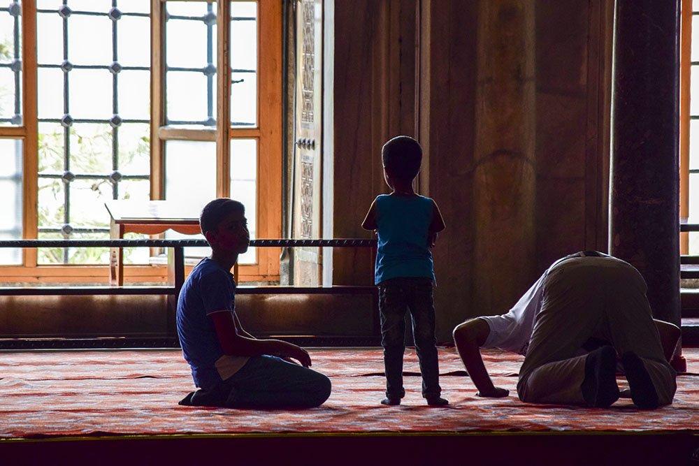 Interno di una moschea a Istanbul
