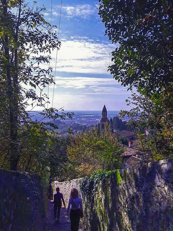 La Salita dello Scorlazzone a Bergamo