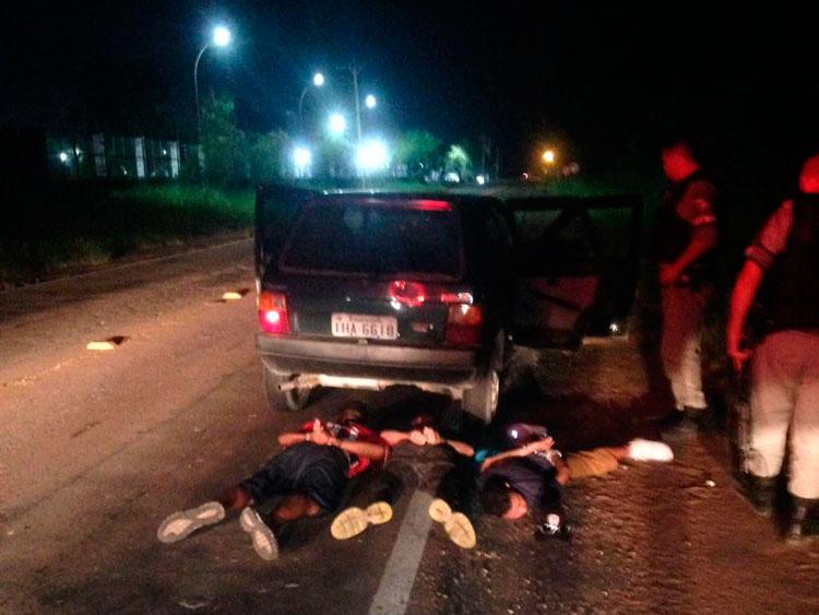 Criminosos assaltam residência em Sertão Santana e são pegos pela Brigada Militar