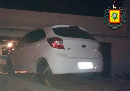 Homem é preso por receptação de veículo roubado