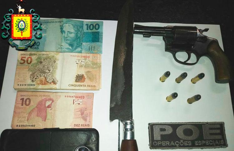 Homem detido com arma na Operação Paz no Interior