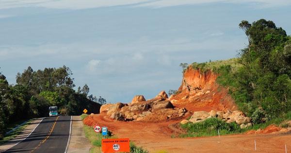 10 quilômetros da BR-116 entre Sentinela do Sul e Camaquã deverão ficar prontos em março de 2019