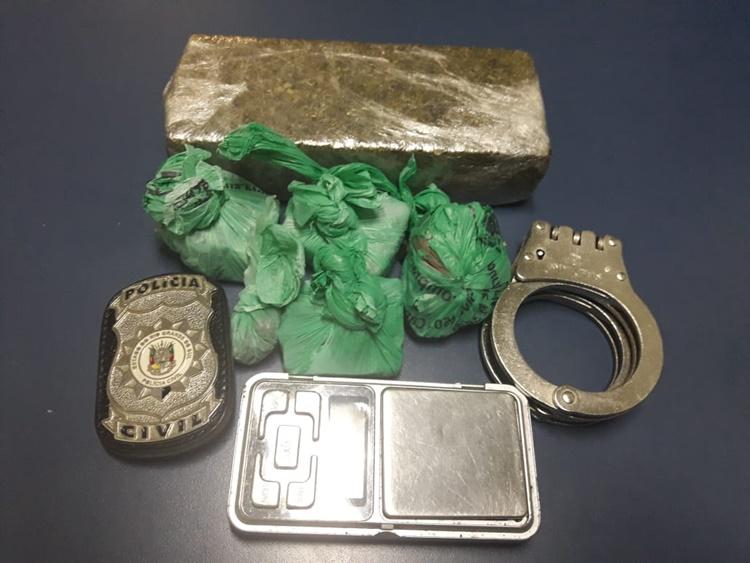 Polícia prende quatro pessoas por tráfico na Operação LIU em Camaquã