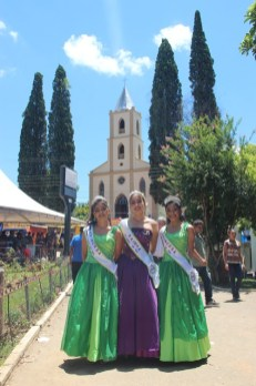 Soberanas Festa da Uva114