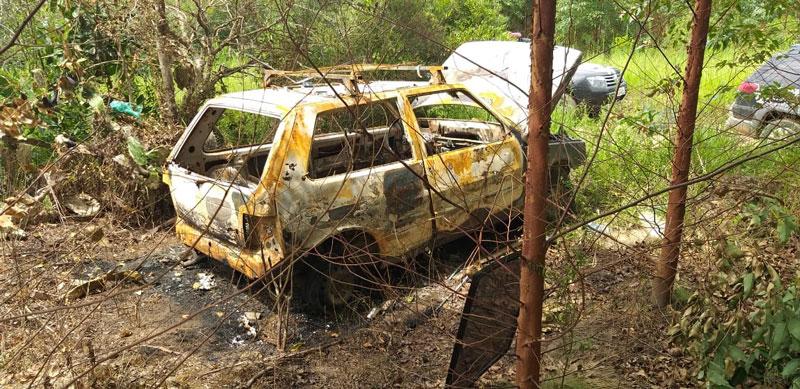 Polícia encontra carro carbonizado no interior de Camaquã