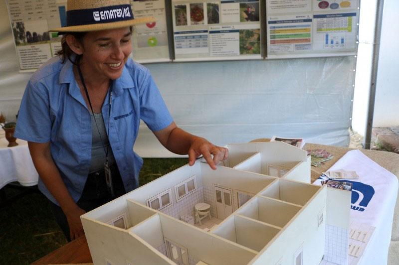 Maquete na Expoagro mostra funcionamento de uma agroindústria familiar