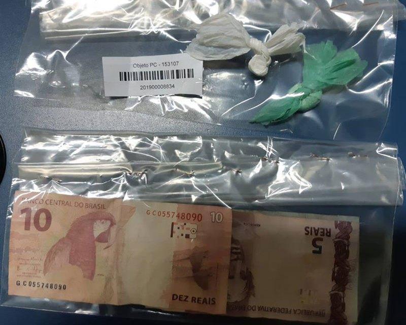 Brigada Militar de Camaquã prende homem por tráfico de drogas