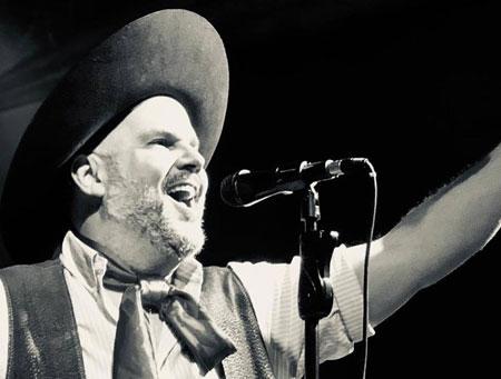 Semana Farroupilha terá o músico César Oliveira como patrono