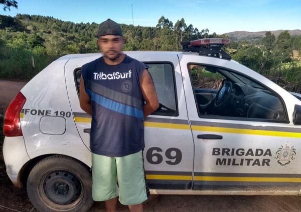 Brigada Militar prende foragido da justiça que estava no interior de Barão do Triunfo