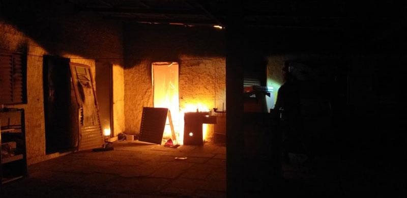 Incêndio destruiu sede do Apito de Ouro, em Tapes