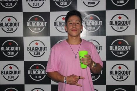 blackout_neon057