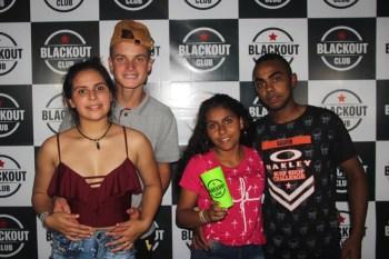 blackout_neon059
