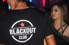 blackout_neon073