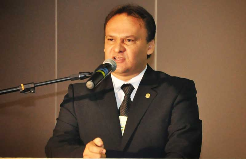 UBAM mobiliza 1.254 prefeitos para eventos contra a extinção de pequenas cidades