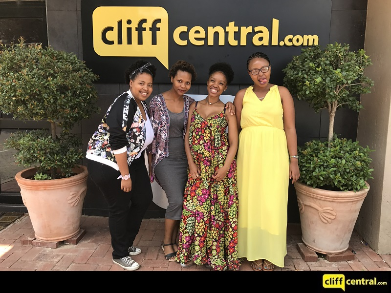 20161220cliffcentral_2wokegirls