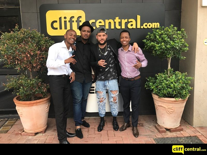 170302cliffcentral_unplugged1