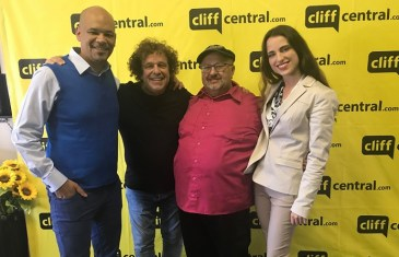 The CasperRadio Show – Leo Sayer & Emma Van Heyn