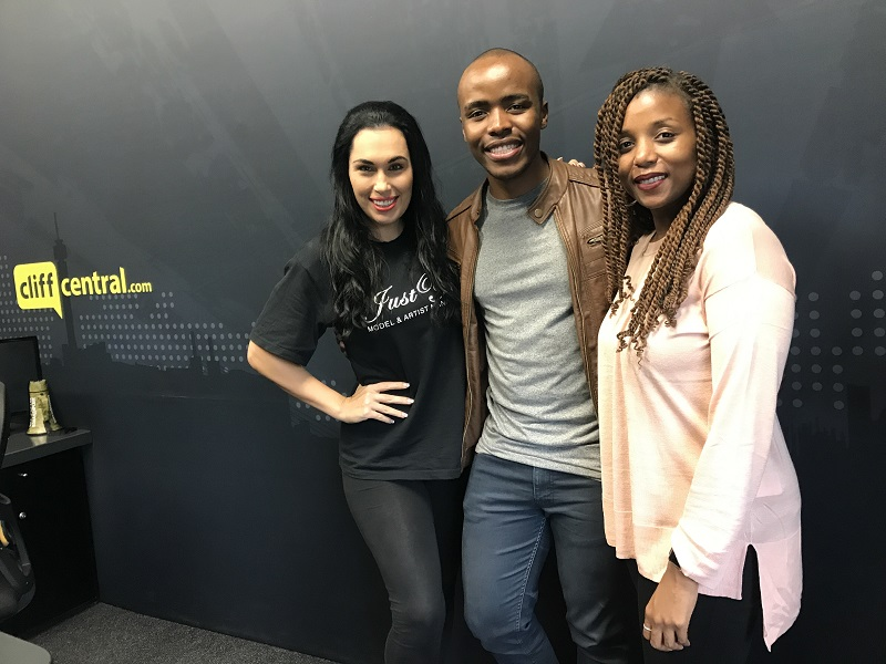 171005cliffcentral_unplugged