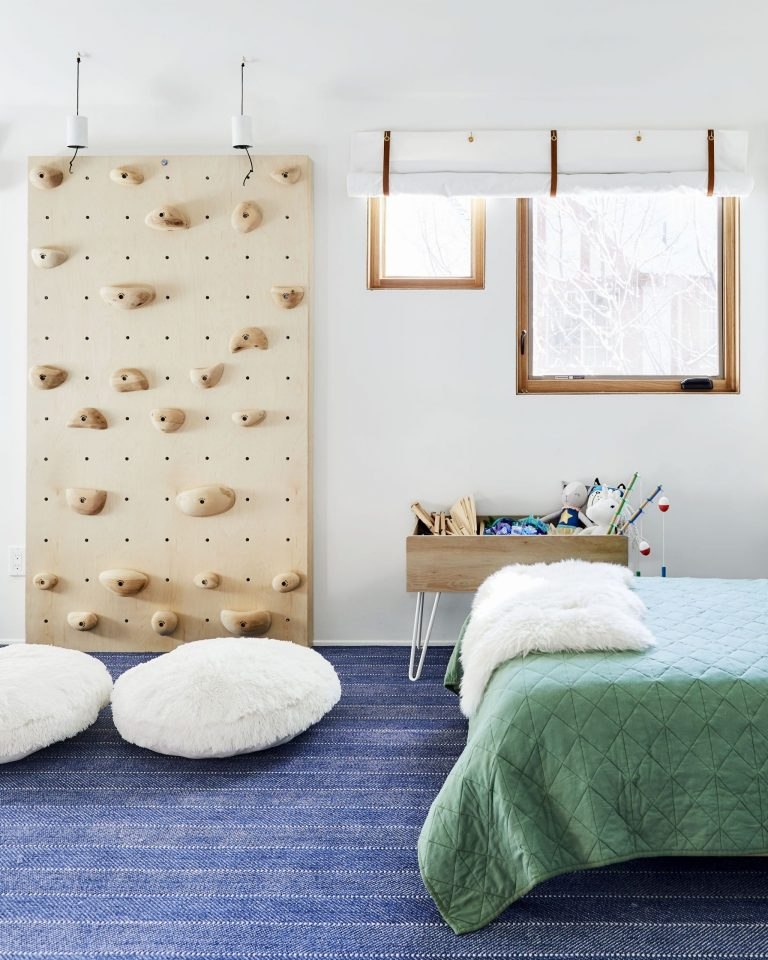 mountain bedroom decor kids
