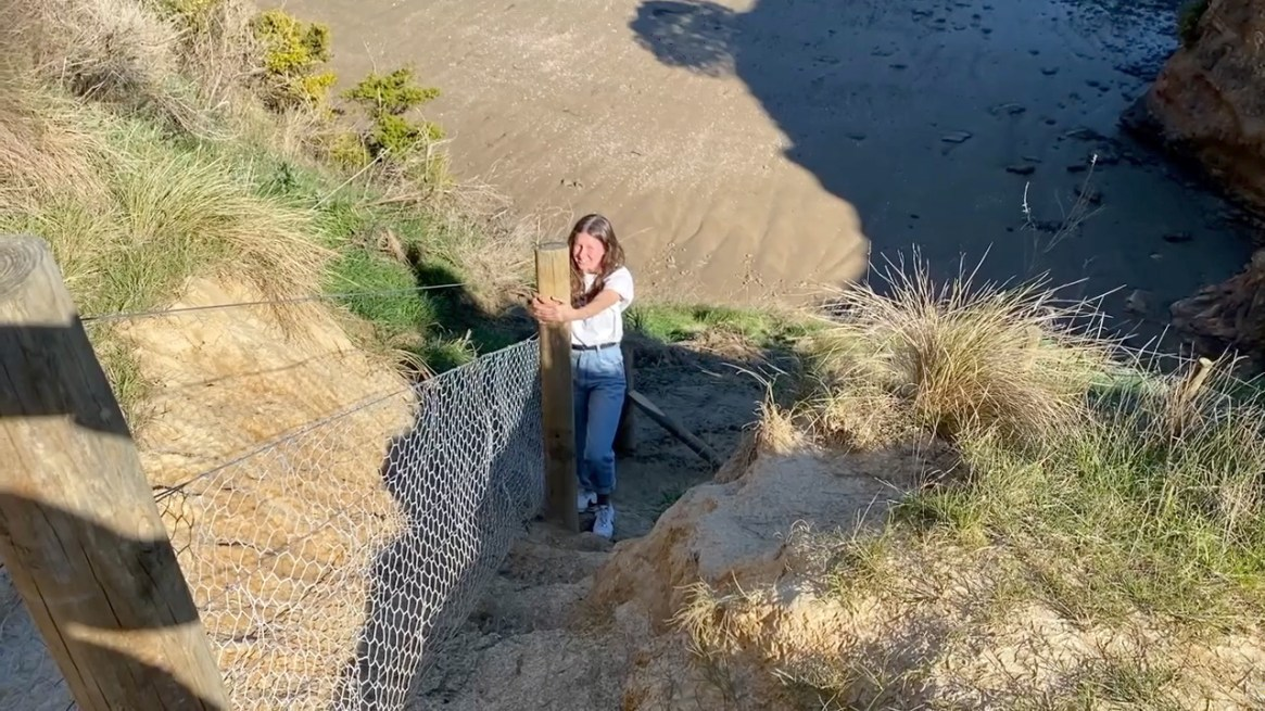 Fig. 3: The headland is subject to intense erosion. It has such variable aspects and terrain that the types of plants varied across very short distances (Image: Akaroa Area School)