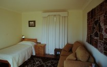 Downstairs bedroom, view S
