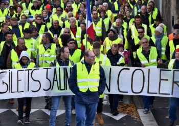 yellow vest protest france