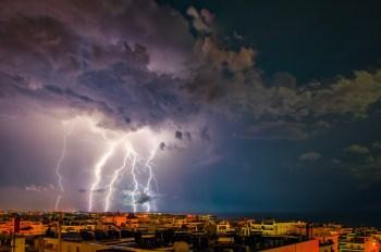 storm weather lightning