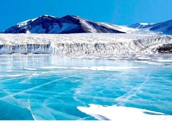 antarctic lake