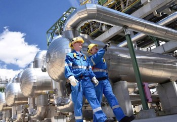 energy power workers