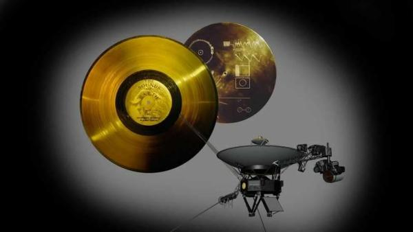 The Voyager Golden Record, photograph by NASA/JPL-Caltech