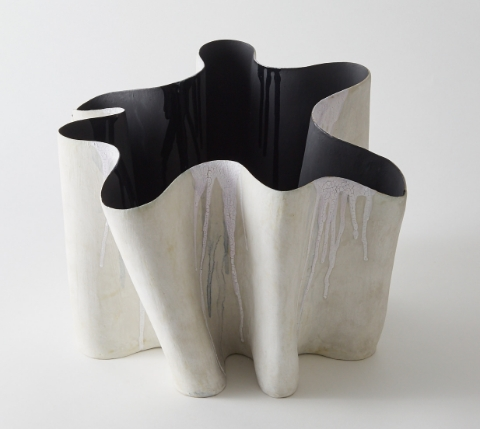 'MEANDER I' (hand built stoneware). Art: Hilary May