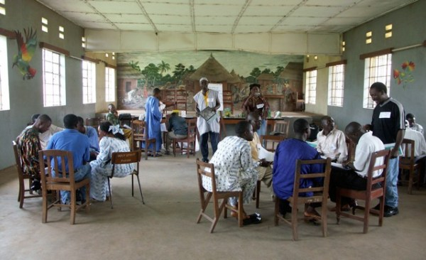Teacher training workshop with Conservation Society of Sierra Leone in Kenema, Sierra Leone, 2006. Photo: Salli Hipkiss