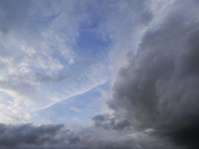 Showing Sky photograph by Sarah Hymas