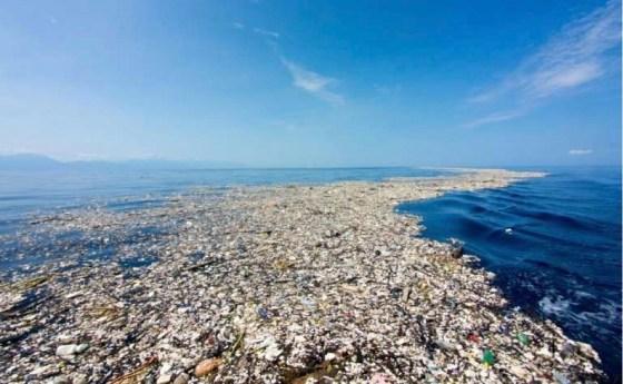 Plastic Ocean2