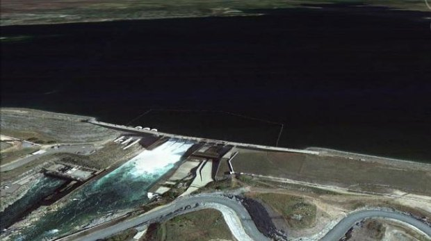 Folsom-Lake-USA-drought-before-after-3