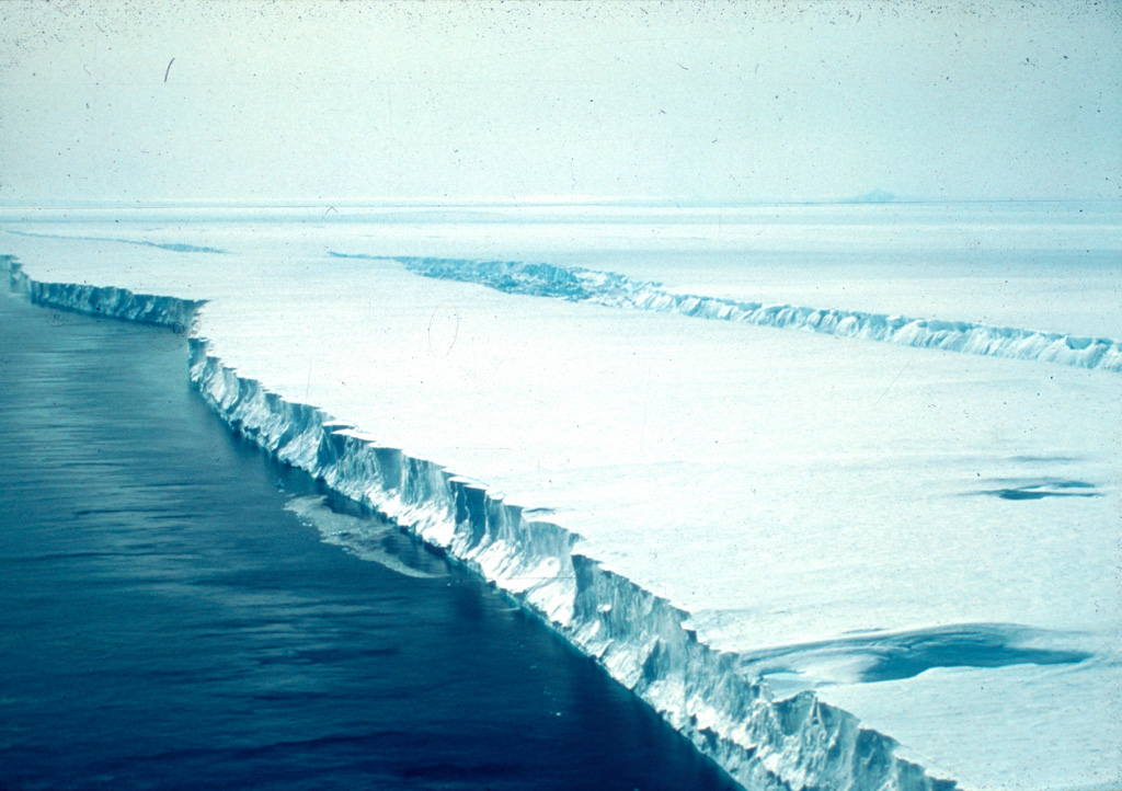 Pine Island Glacier taken by Tom Kellogg onboard the U.S. Coast Guard icebreaker Glacier, 1985, in Pine Island Bay