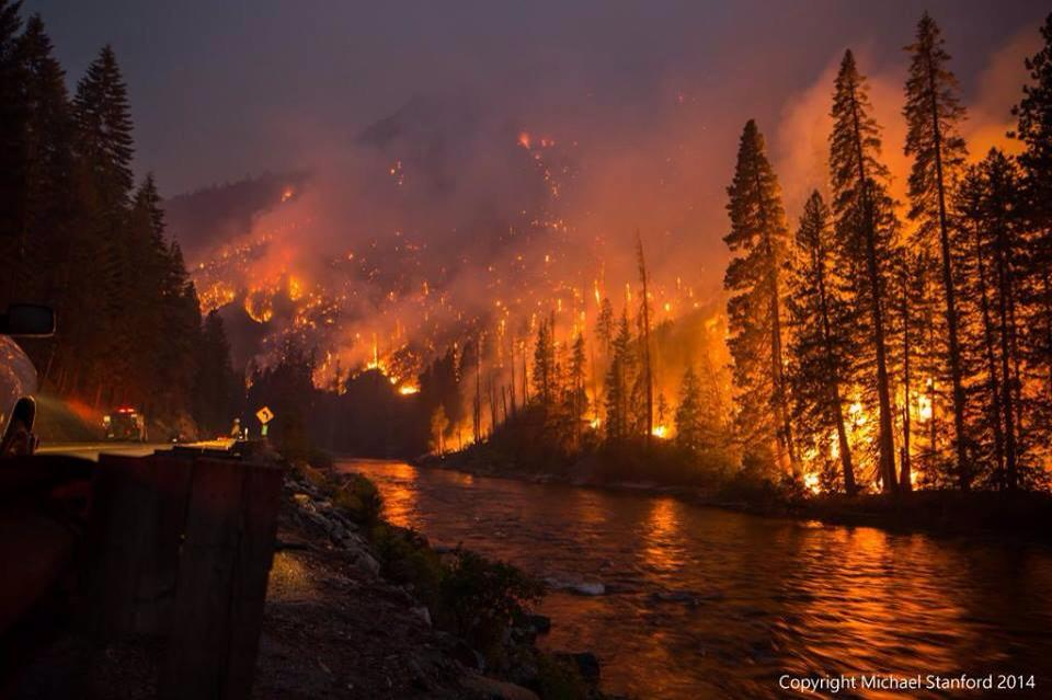 Firefighters batlle epic situation central Washington July 20 2014